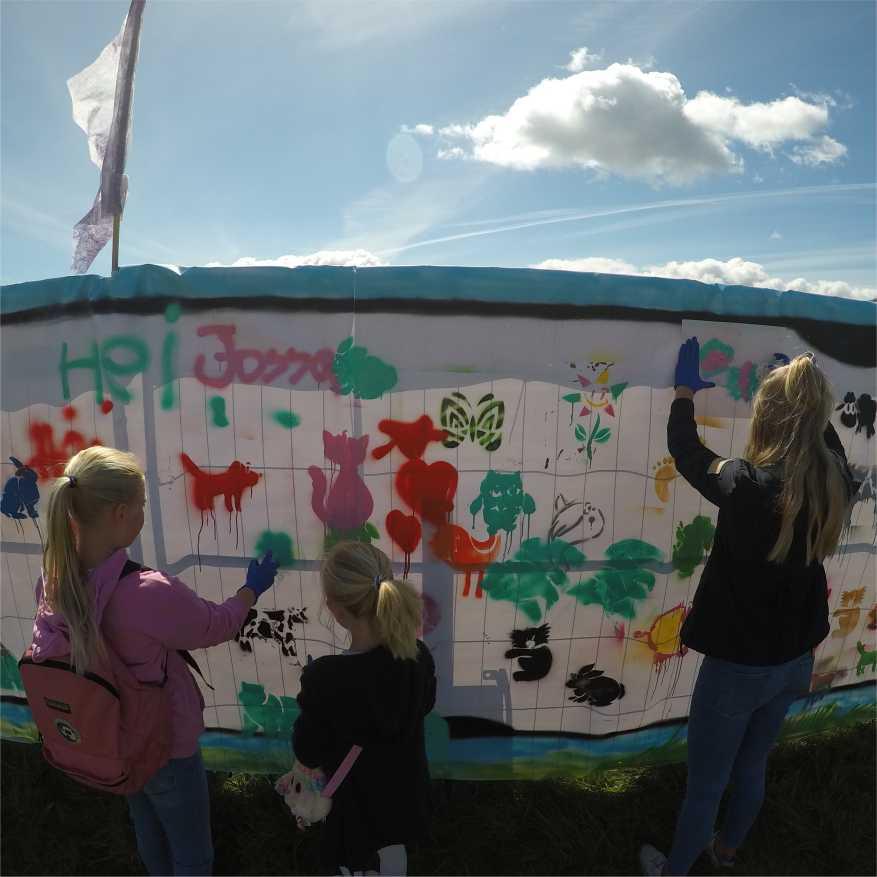 barna maler fra mal på vegen